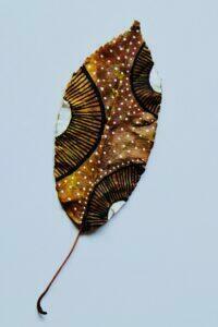 Nativ inspiration, tørrede malede blade